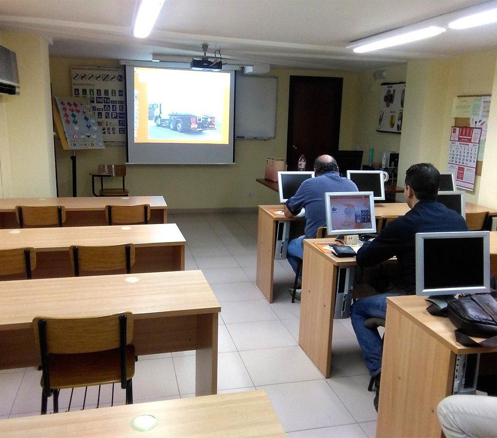 Autoescola El Tancat 09